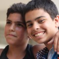 Des enfants qui vivent dans une situation vraiment très difficile mais qui ont toujours le sourire.