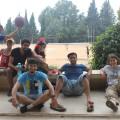 Les pauses... aussi pour les animateurs ! Equipe de 3 intervenants français et 8 étudiants palestiniens pour accompagner les jeunes chaque jour