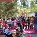 La chanson de la semaine écrite par les enfants, accompagnée par Kamal, la musique unit et donne de la force.
