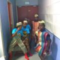 Les malgaches se chauffent dans les coulisses !