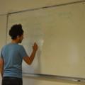 Avec Kamal, on commence à écrire les phrases pour la chanson...